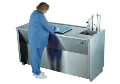 Grossing Station – Down Draft, Island Style Dissection Table with Right Sink – HG300