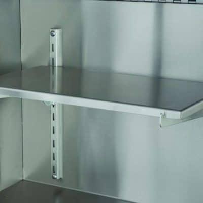 """Shelves & Adjustable Brackets 18"""""""